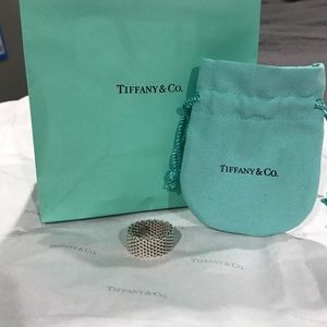 Authentic Tiffany and Co Mesh Ring Size 7.5